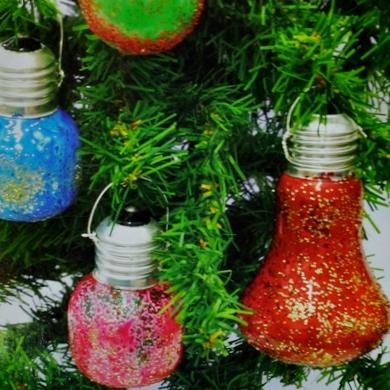 Χρωματιστές Χριστουγεννιάτικες Λάμπες για Διακόσμηση