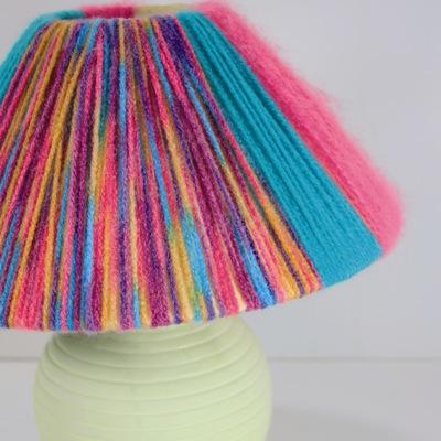 Κατασκευή Χρωματιστή Λάμπα για το Παιδικό Δωμάτιο