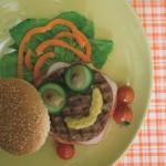 Συνταγή Σνακ με Λουκάνικο και Λαχανικά