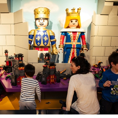 kidsfun.gr-photo-goneis-nea ekdhlwseis- neo PLAYMOBIL FunPark Opening_photo